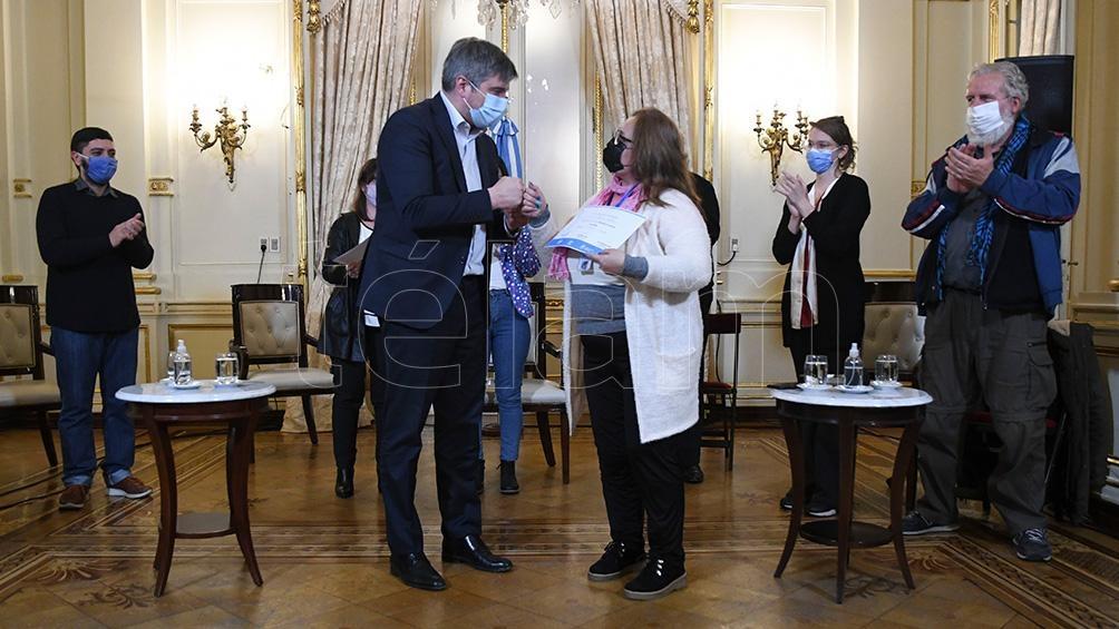 """Navarro dijo que """"no se puede naturalizar que haya más del 40% de pobreza en Argentina"""". Foto: Raúl Ferrari."""