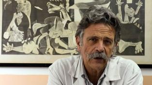 """Para el infectólogo Tomás Orduna, """"es totalmente eficaz combinar vacunas"""""""
