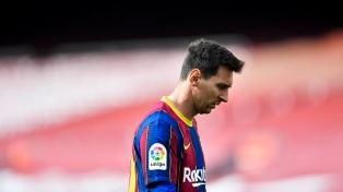 Socios del Barcelona presentan recurso para impedir contrato de Messi en el PSG