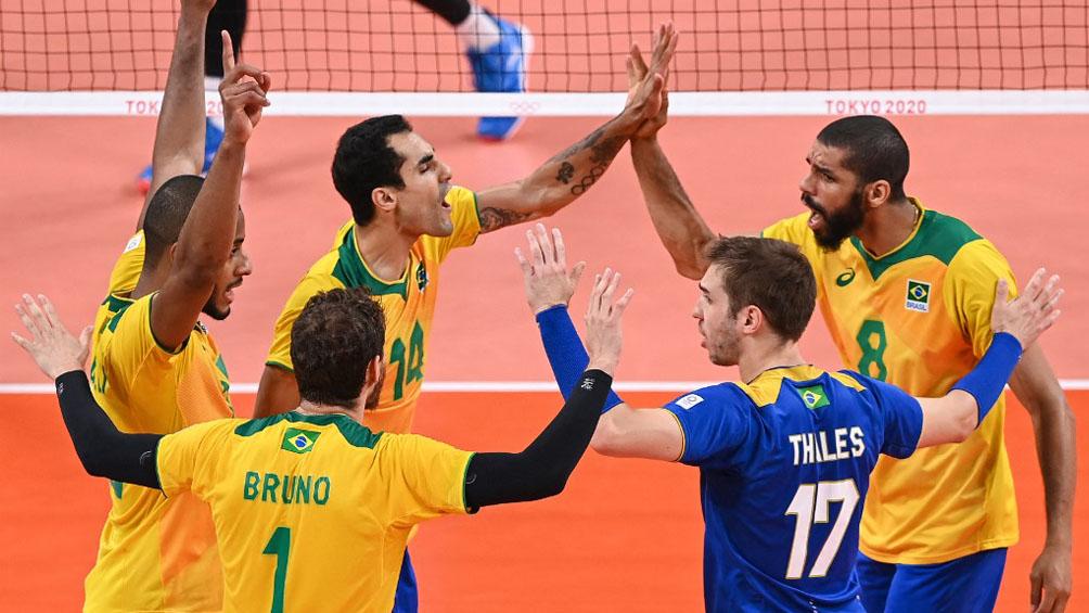 Argentina sufre a un Brasil certero que se pone 2-1 en el clásico por el bronce olímpico