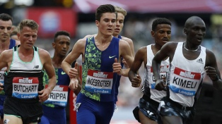 El noruego Ingebrigtsen ganó el oro en los 1.500 metros con nuevo récord olímpico en Tokio