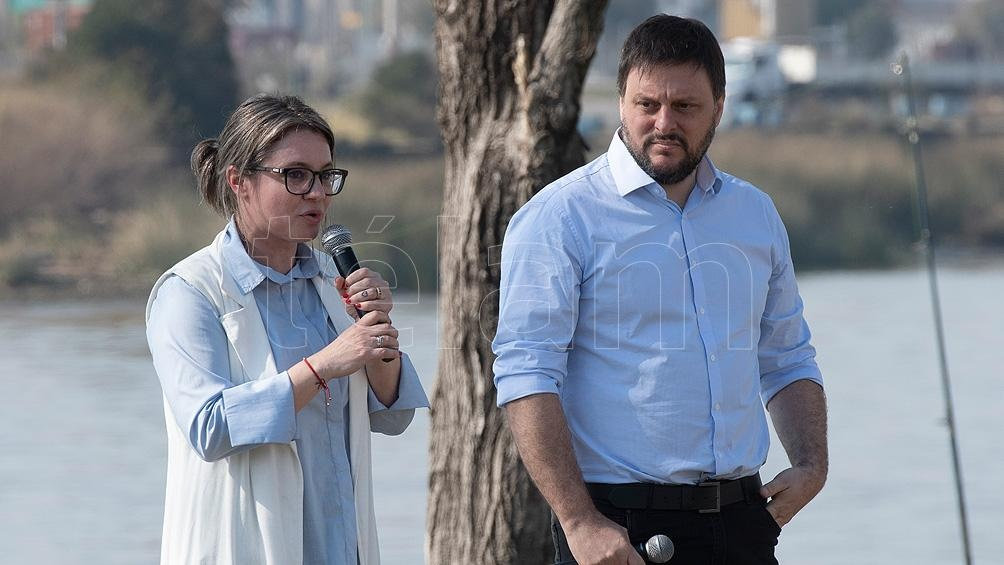 Leandro Santoro y Gisela Marziotta encabezan la lista del Frente de Todos en CABA. Foto: Victoria Egurza.