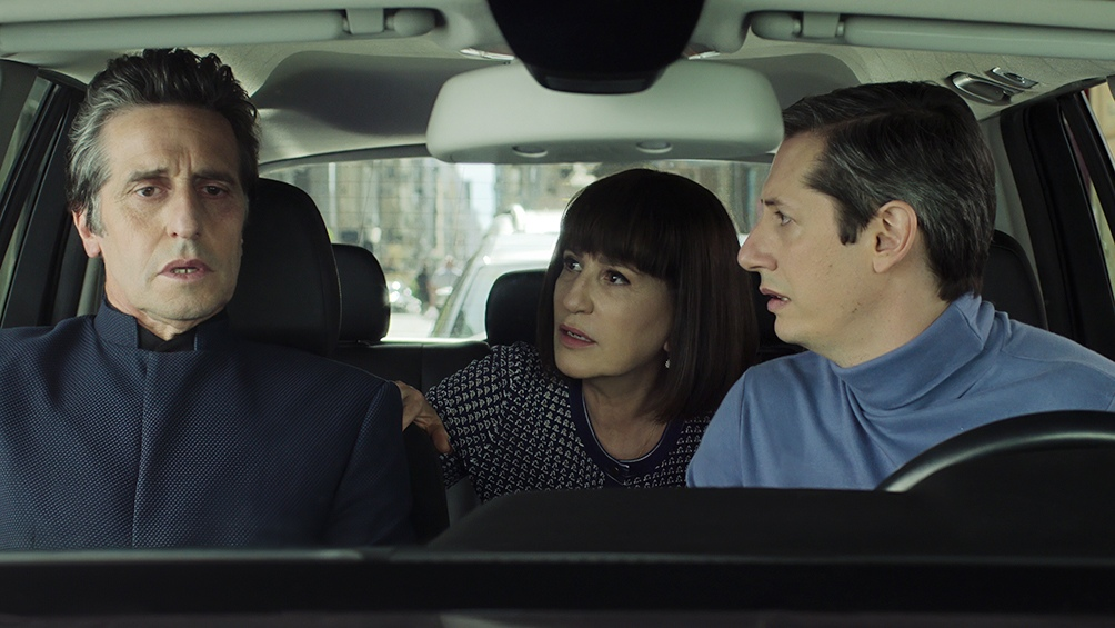 El Reino, serie de thriller político llega a Netflix con un oscuro relato que une los mundos de la política y la religión.