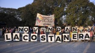 Organizaciones y vecinos se movilizaron en la Costanera Sur contra construcción de torres