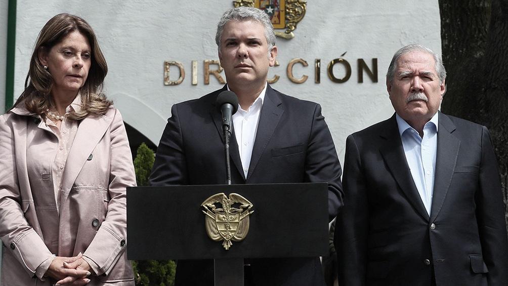 """La administración del presidente Iván Duque """"rechaza contundentemente este nuevo hecho de violación de la soberanía nacional."""