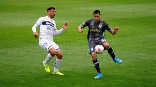 Con el tiro del final, Gimnasia le ganó a Atlético Tucumán en el Bosque