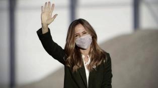 Tolosa Paz invitó a los candidatos de la oposición a debatir públicamente en los medios