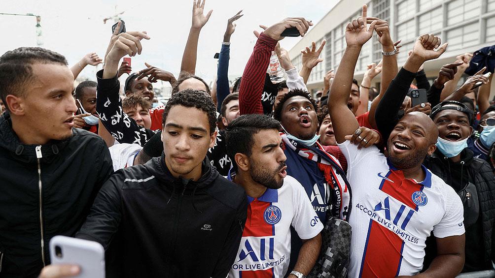 En un rally, Messi pasó la revisión, pisó el Parque de Los Príncipes y se fue al hotel
