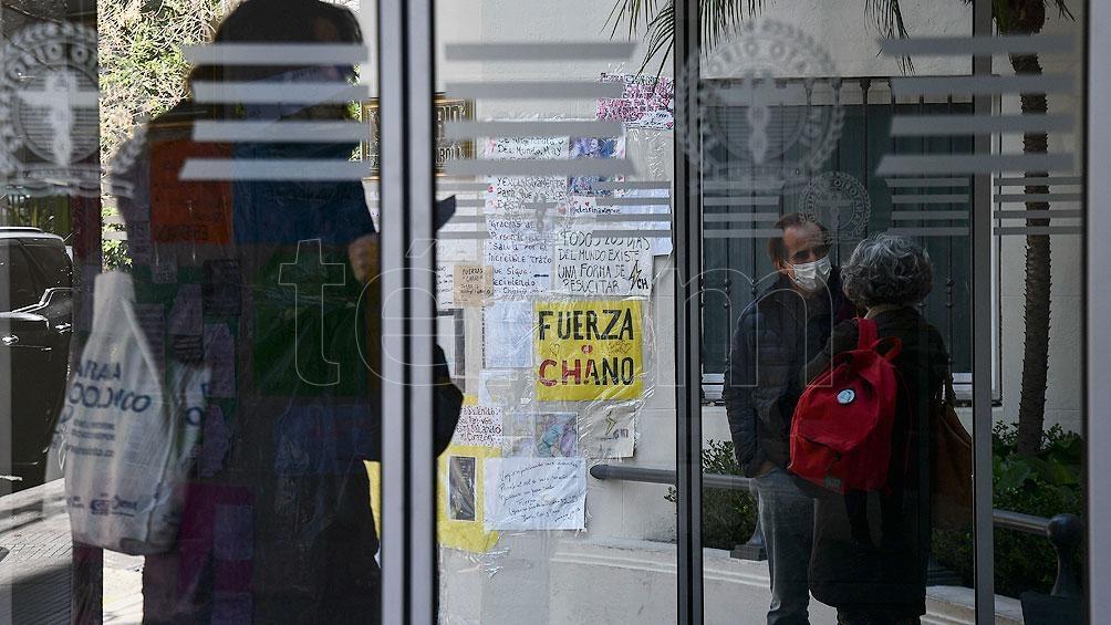 El músico estuvo internado 18 días en el Sanatorio Otamendi, donde debieron extirparle el bazo, un riñón y parte del páncreas. Foto: Eliana Obregón