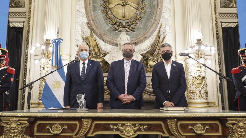 Jura de nuevos ministros. Foto: Presidencia.