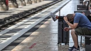 Alemania: contundente huelga de los conductores de trenes dejó varados a miles de viajeros