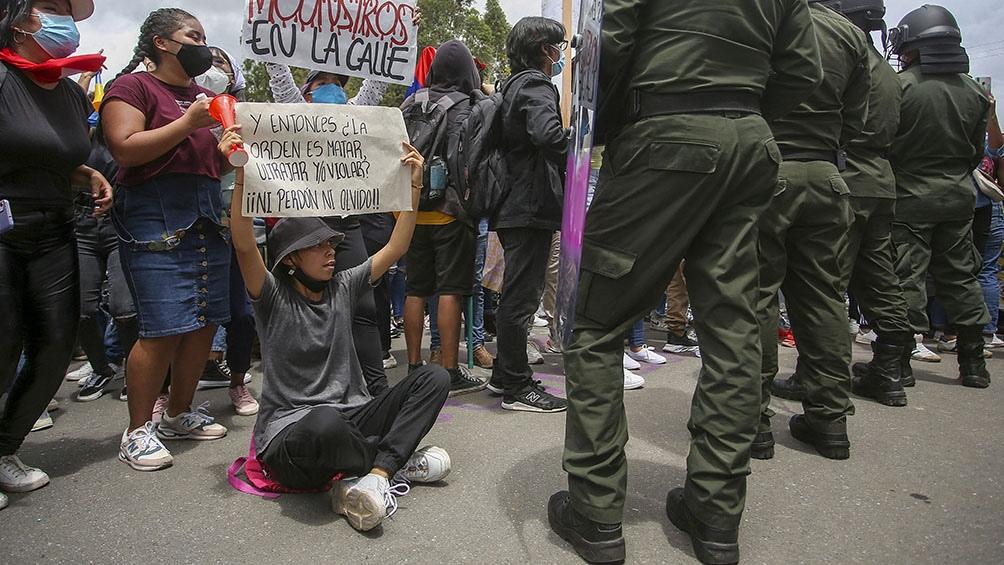 El desempleo y la educación, las principales deudas con los jóvenes del mundo.