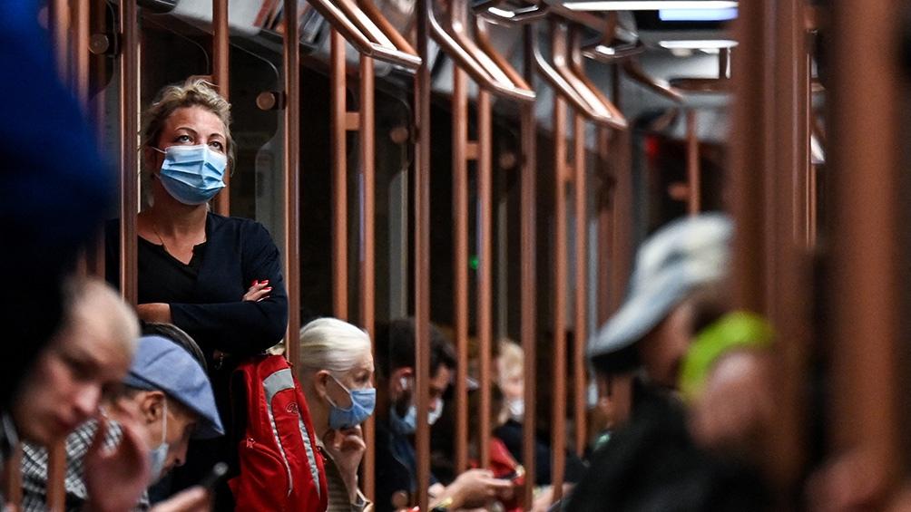 Rusia registró en las últimas 24 horas 816 muertes y más de 22.000 contagios. (AFP)