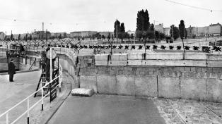 """Se cumplen 60 años de la construcción del """"paredón de la vergüenza"""""""