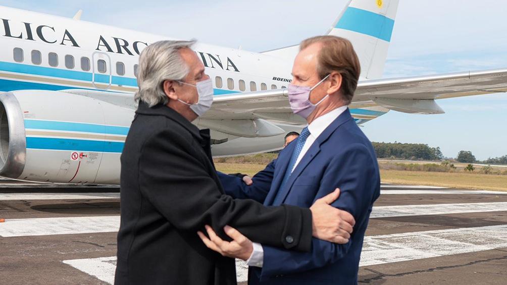 El Presidente llegó en la mañana de este jueves al aeropuerto de Concordia, donde fue recibido por el gobernador Bordet.
