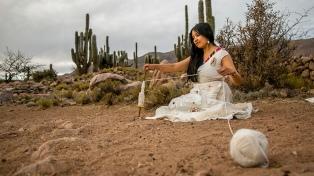 Paola Palacios:  ritmos andinos y un homenaje a sus ancestras en su primer disco solista