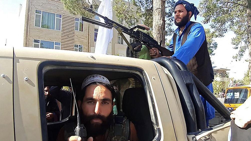 """En Afganistán, los talibanes dijeron que no tenían intención de tomar Kabul """"por la fuerza"""""""