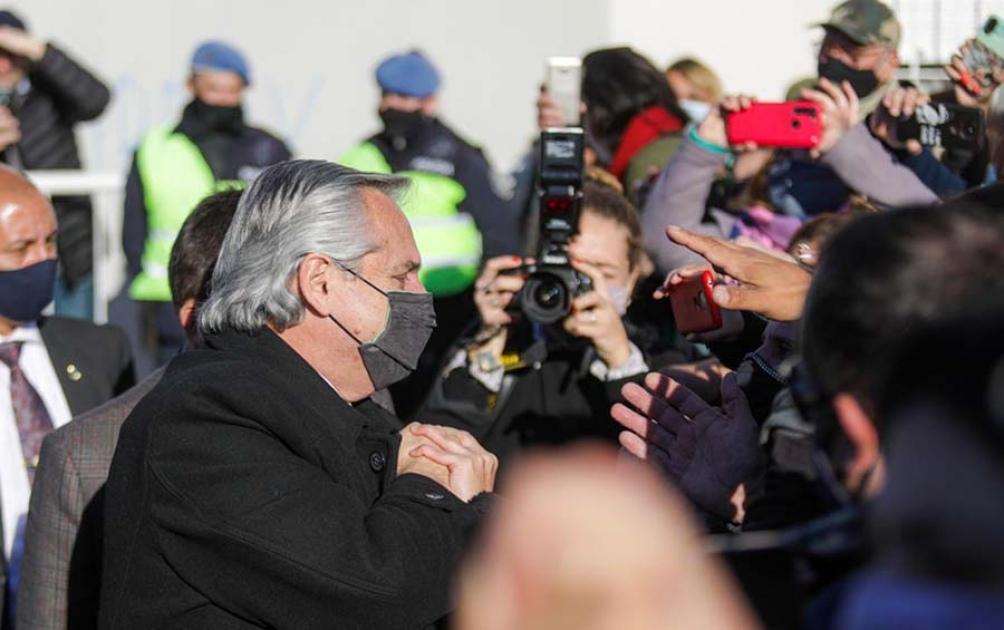 Alberto hizo frente al tema de la reunión en Olivos al anunciar la puesta en marcha de la Ley de Zonas Frías en Olavarría.