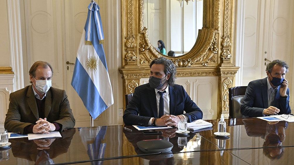 El Jefe de Gabinete Santiago Cafiero encabezó una nueva reunión del comité de crisis permanente para monitorear la bajante histórica del Río Paraná