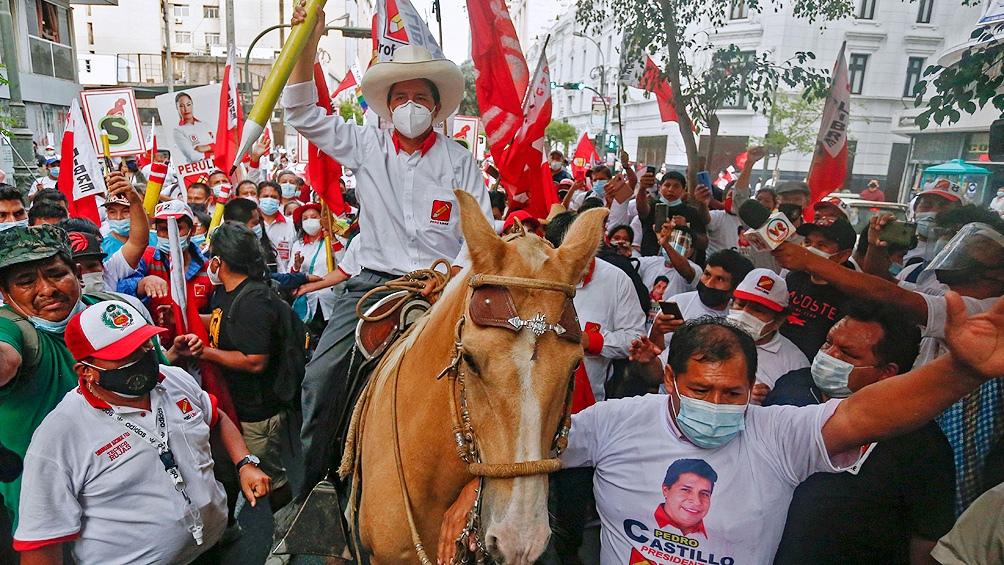 """Castillo aseguró que no es """"comunista"""", como afirma la oposición, y que su Gobierno respetará la propiedad privada. Foto: AFP"""