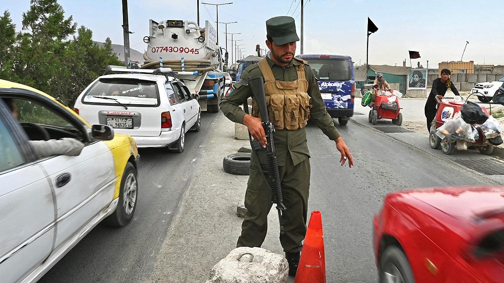"""""""Siempre dijimos que nos quedaríamos si los estadounidenses se quedaban"""" dijo la canciller ängela Merkel tras el retiro de tropas. Foto: AFP."""