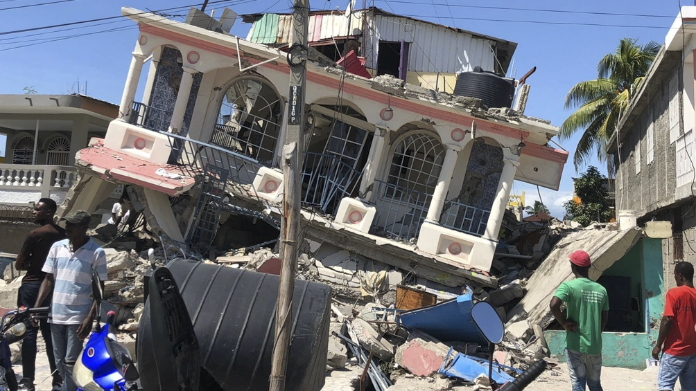 El sismo dejó unos 12 mil heridos en Haití.