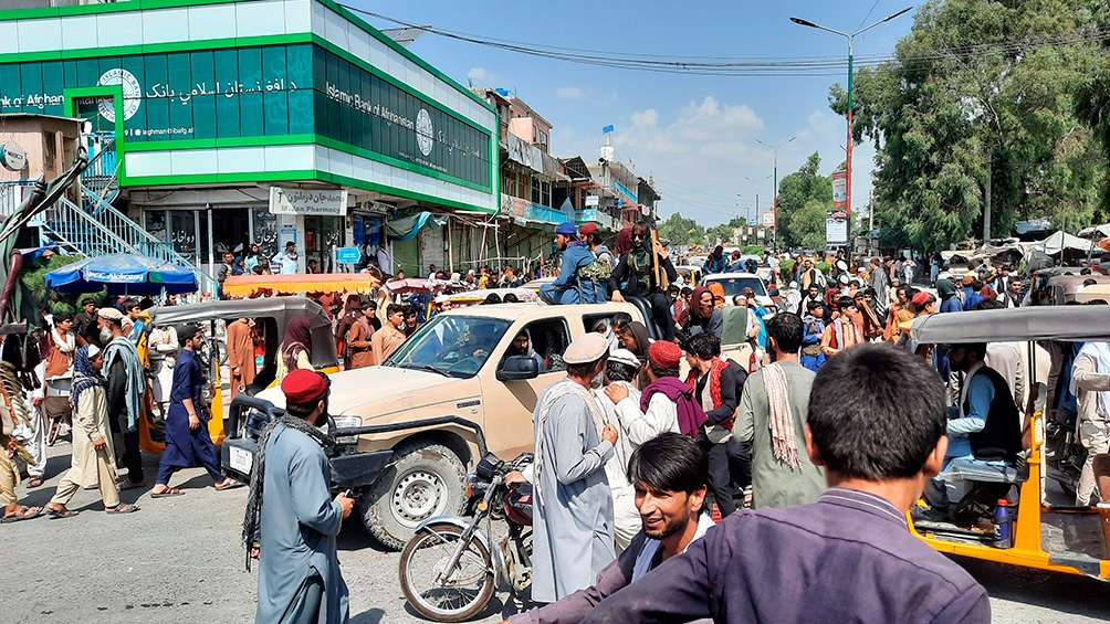 """""""Estamos decididos a quedarnos y repartir ayuda a la población afgana"""" dijo el portavoz de Acnur (Foto Xinhua)."""