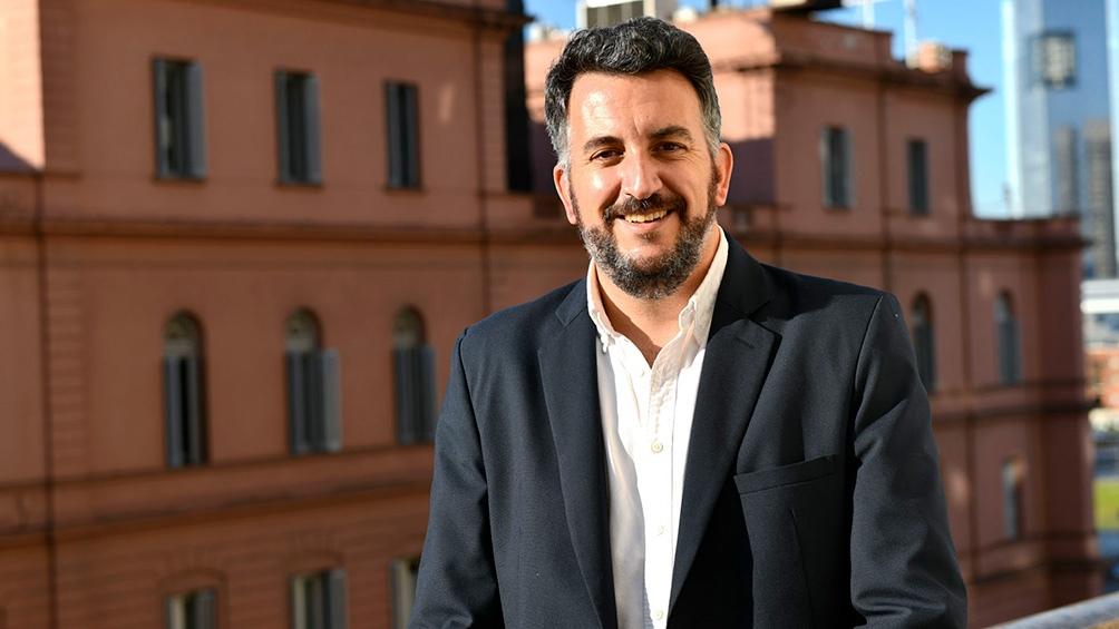 Rodrigo López, el autor del libro que rescata al primer ministro de Hacienda de la Confederación Argentina.