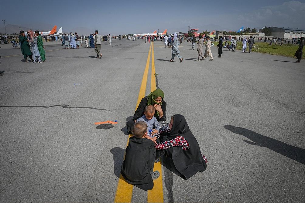 Acnur advirtió que ningún país debe negar la entrada de los afganos que huyan de su país (Foto AFP).