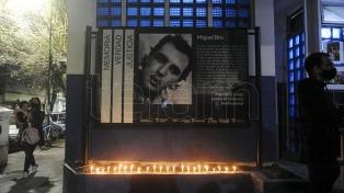 A 28 años de su desaparición, señalizaron la comisaría donde fue asesinado Miguel Bru