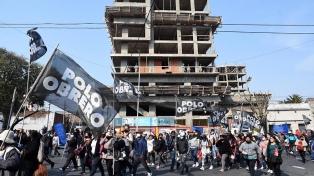 Organizaciones piqueteras de izquierda marcharon hasta la sede de Desarrollo Social