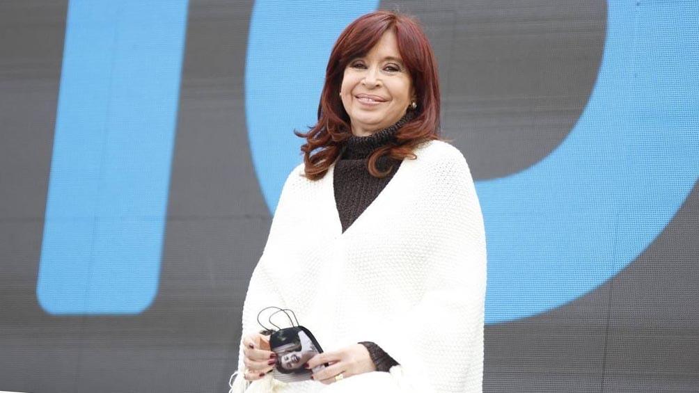 La unidad del espacio oficialista se expresó en el plenario partidario que se desarrolla en La Plata, encabezado por Alberto Fernández y Cristina Fernández de Kirchner.