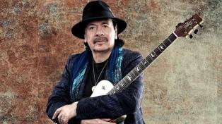 """Carlos Santana lanza un nuevo single y tiene fecha de salida para """"Blessings and Miracles"""""""