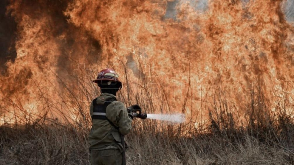 Córdoba, Formosa y Jujuy registran focos activos de incendios forestales