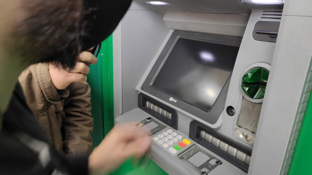 Las claves del avance paulatino de los pagos digitales sobre el dinero en efectivo en la Argentina