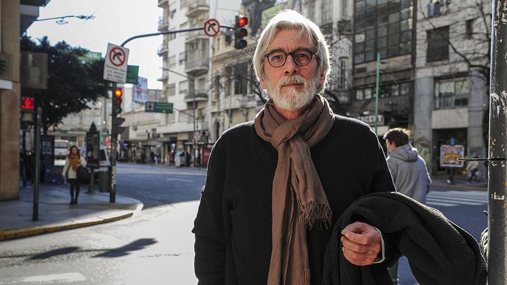 Grassi pasó las últimas dos décadas entre Roma y Kabul, donde dirigía medios de comunicación y capacitaba trabajadores.