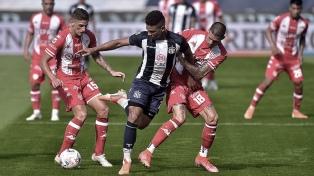 Talleres venció a Unión en Santa Fe y quedó a dos puntos del líder Independiente