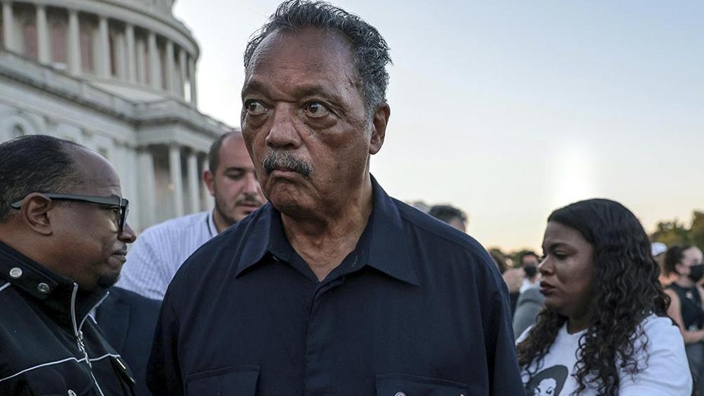 El ministro bautista Jackson es uno de los líderes del movimiento de derechos civiles desde los 60, cuando marchó con Martin Luther King.