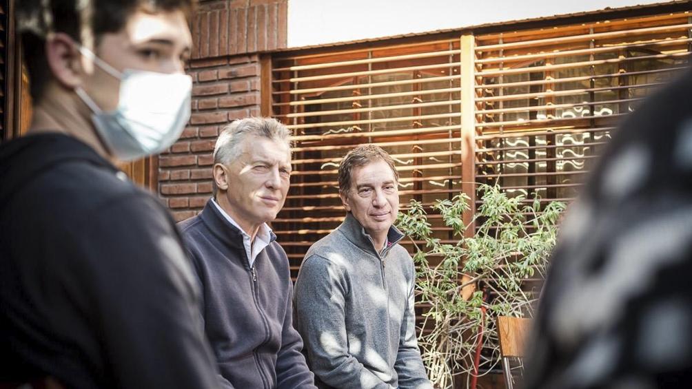 Macri y Santilli etsuvieron de campaña en Tres de Febrero.