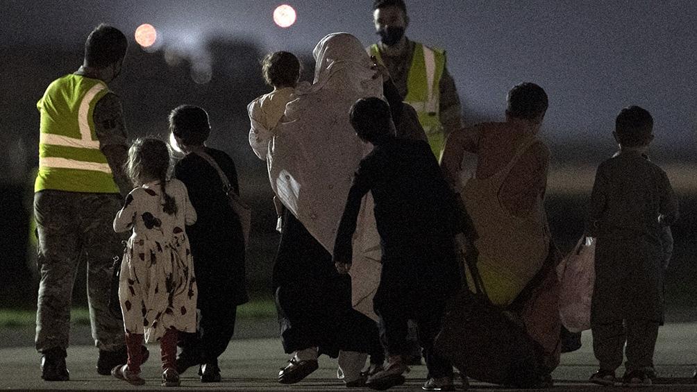 El Gobierno español, en tanto, aseguró este martes que hace todo lo posible por evacuar de Afganistán a las personas que lo desean. Foto: AFP