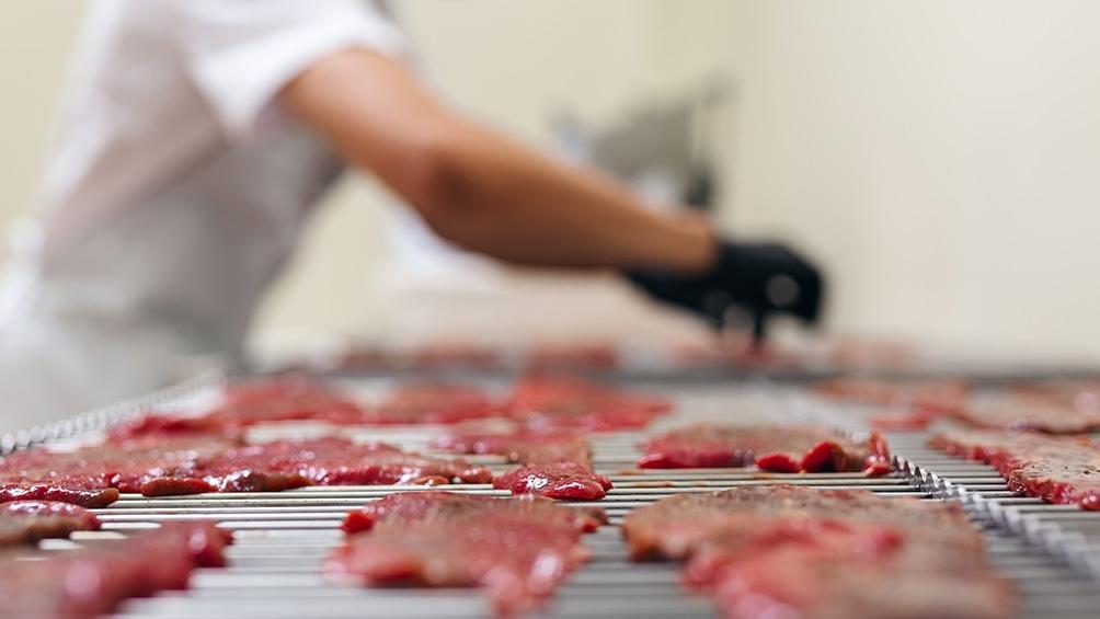 """""""Es un producto saludable, es bajo en grasas, bajo en calorías y alto en proteínas"""", explicó López Hamdan. Foto: Prensa"""
