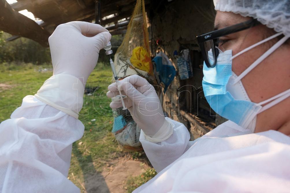 Pusieron en marcha una nueva etapa del plan estratégico de vacunación. Foto: Germán Pomar