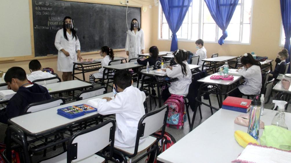 En septiembre se intensifica el regreso a la presencialidad en las escuelas