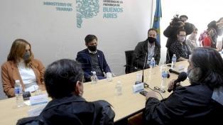 Kicillof abrió la reunión paritaria con los docentes en La Plata