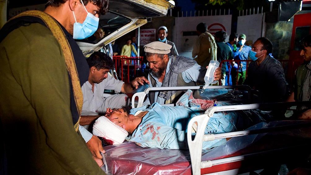 El jueves, dos atacantes suicidas del grupo yihadista Estado Islámico (EI) se inmolaron en el aeropuerto. Foto: AFP