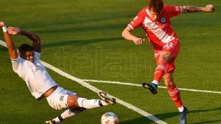 Talleres le ganó a Argentinos y trepó a la punta del torneo junto a Lanús