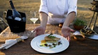 Chiaradia y su plato finalista: un confit de pollo de campo. (Foto: Feedback PR)