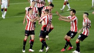Con su victoria ante San Lorenzo, Estudiantes se subió a la punta del torneo