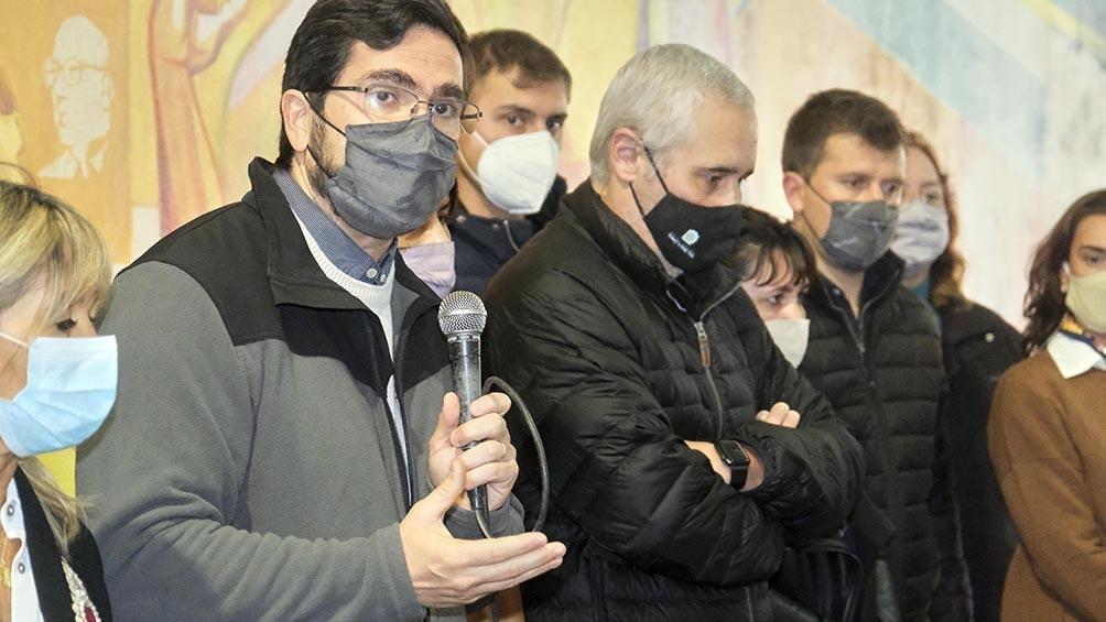 Los candidatos cuestionaron al gobernador Gustavo Valdés que solo se manifestó en Twitter sobre el hecho (Foto Germán Pomar).