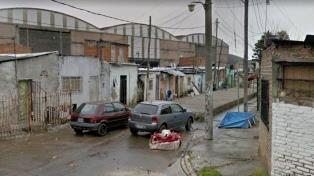 Hallan asesinadas a madre e hija en una casa de Villa Pineral y buscan a un sospechoso